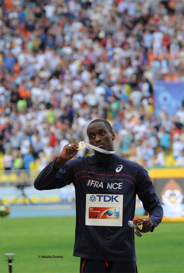 Teddy Tamgho champion du monde de triple saut avec un  bond à 18,04 m