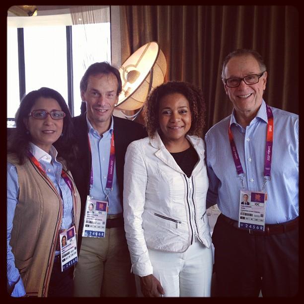 Michaëlle Jean avec Nawal El Moutawakel, Christophe De Kepper et Carlos Nuzman aux JO de Londres 2012.